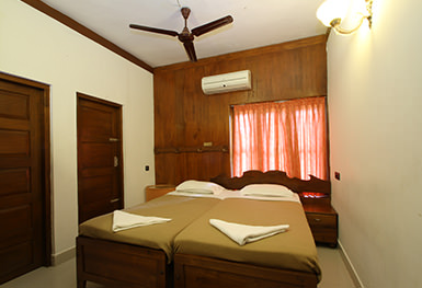 Akhil Deluxe Twin Room